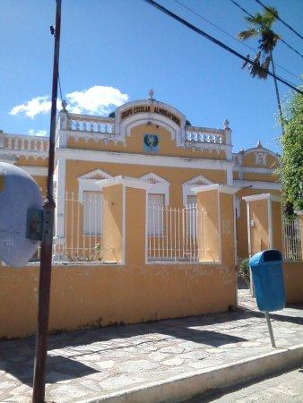 Martins, RN: Escola onde funciona o Museu Cel. Demétrio Lemos