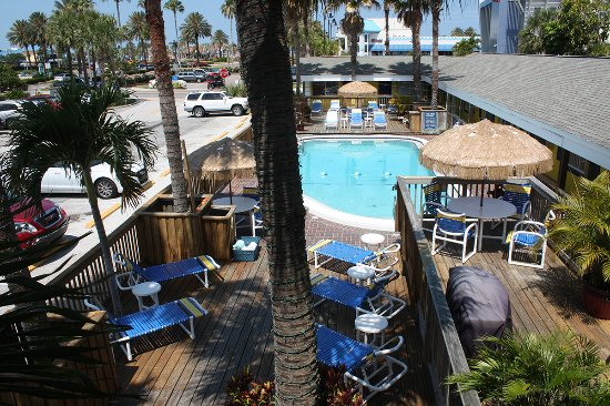 Barefoot Bay Resort and Marina: Heated Pool