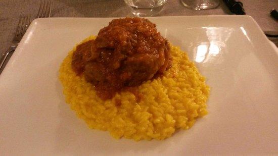 La Rotonda di Lomazzo : risotto alla zafferano con ossibuchi