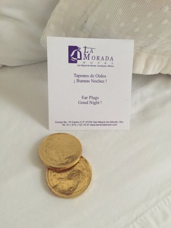 La Morada Hotel: Who doesn't love chocolate coins?