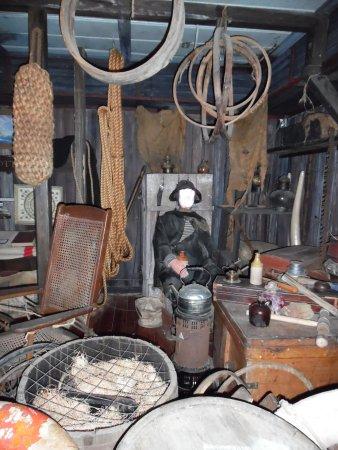 Key West Shipwreck Treasure Museum: inside