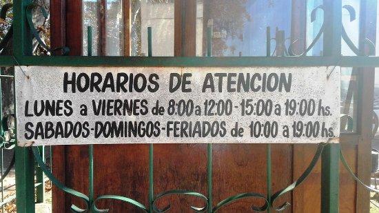 Bodega la Caroyense: horarios