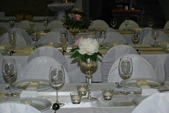 Letni Podvecer A Svatebni Dekorace Picture Of Hotel Svachovka