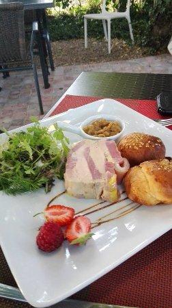 Saran, Fransa: serré de foie gras
