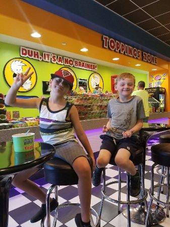 Highland, CA: Kids love Major Brain Freeze !