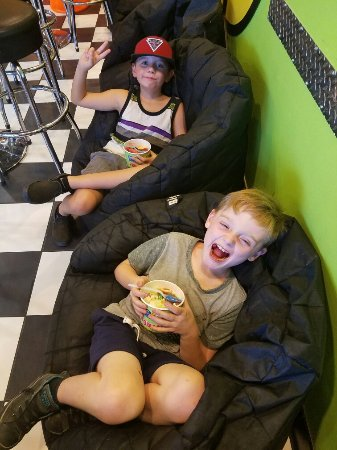 Highland, Kalifornien: Kids love Major Brain Freeze !