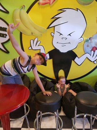 ไฮแลนด์, แคลิฟอร์เนีย: Kids love Major Brain Freeze !