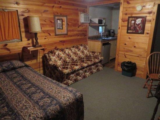 Shady Rest Motel: inside my cabin