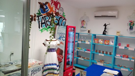 Holiday Inn Express Paraiso Dos Bocas: Lobby