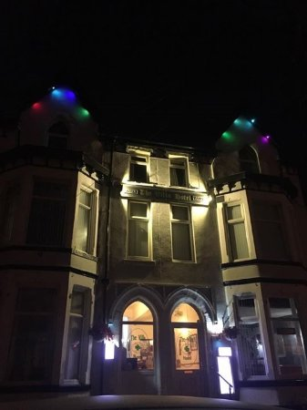 The Villa Hotel: New lights !