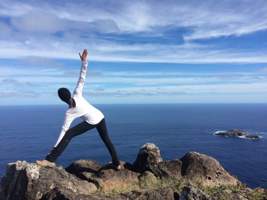 Te'ora: Yoga on a mountain top