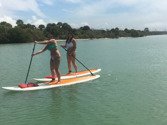 Manasota Key, ฟลอริด้า: Best Friends SUP together!