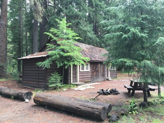 Prospect, OR: Cabin 15/16