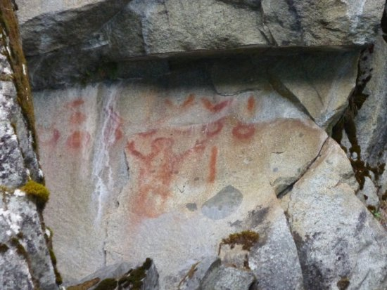 Bella Coola, Canada : Ancient native paintings