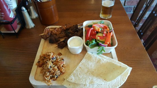 Hedon, UK: Mixed meat kebabs