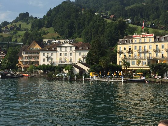 Seehof du Lac Hotel: View of hotel from kayaking