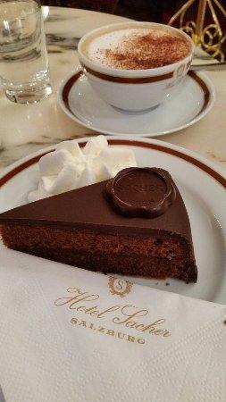 Café Sacher Salzburg: 20160715_201626_large.jpg