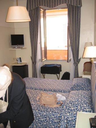 Hotel Fontanella Borghese: Room 207 Hotel