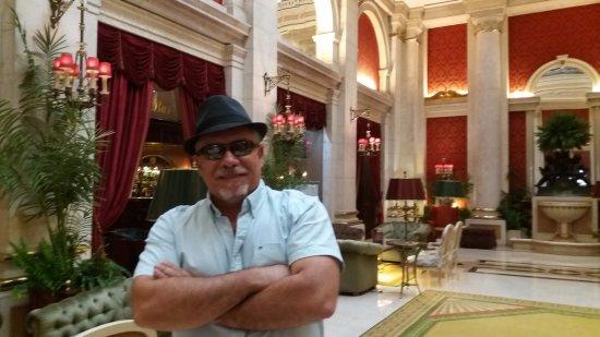 Hotel Avenida Palace: Salão do térreo