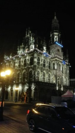 Oudenaarde, Belgique : Town Hall and Belfry