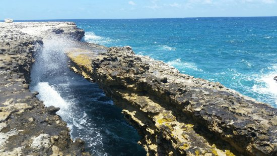 Saint Phillip Parish, แอนติกา: Devil's Bridge, Antigua