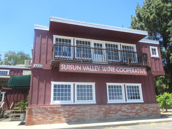 Фэрфилд, Калифорния: Suisan Valley Wine Company, Fairfield, CA