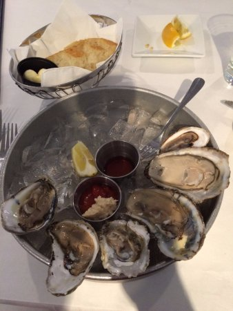 Catonsville, MD: 6 different types of Oysters