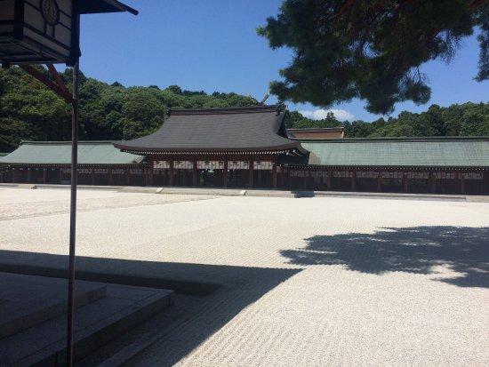 Kashihara Shrine: photo3.jpg