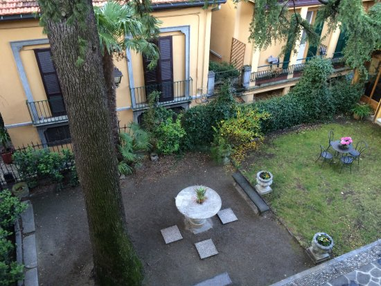 Hotel Centrale: The courtyard