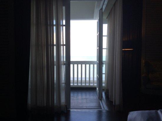 Eastern & Oriental Hotel: Balcony overlooking the Andaman Sea and fresh ocean air