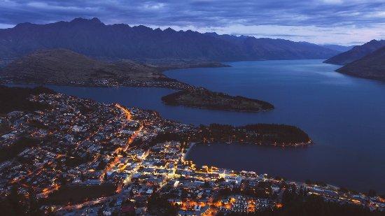Rangiora, Selandia Baru: Another day ends in Queenstown