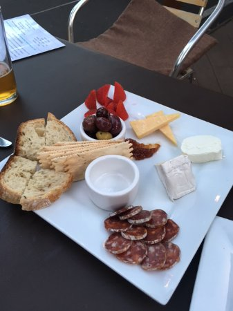 Milwaukie, OR: $25 Cheese and Meat Plate