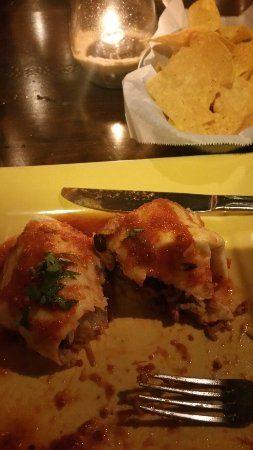 Salud Mexican Kitchen: 20160719_202457_large.jpg
