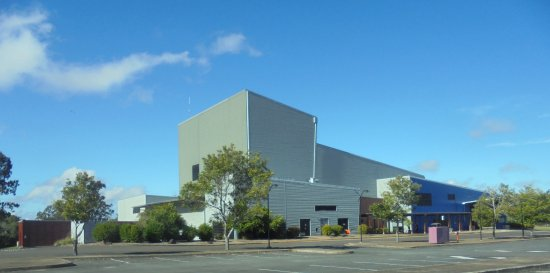 ‪Brolga Theatre and Convention Centre‬