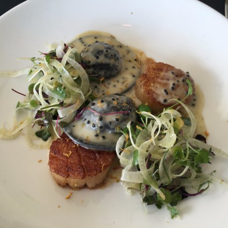 Excelsior, MN: Scallops entree