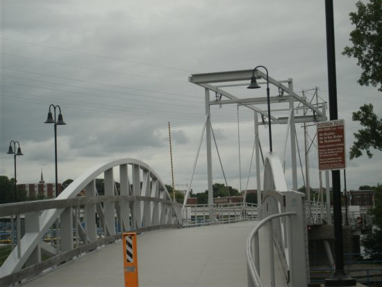 De Pere, WI: The large suspension bridge to cross on to an island.