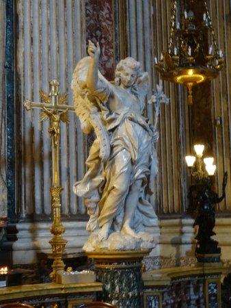 Chiesa di Sant'Ignazio di Loyola: Escultura Altar
