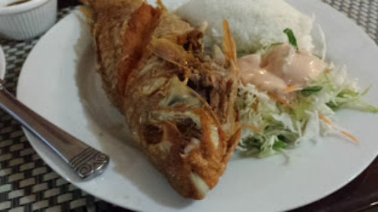 Kolonia, Federalne Stany Mikronezji: deep fried reef fish (parrot fish)