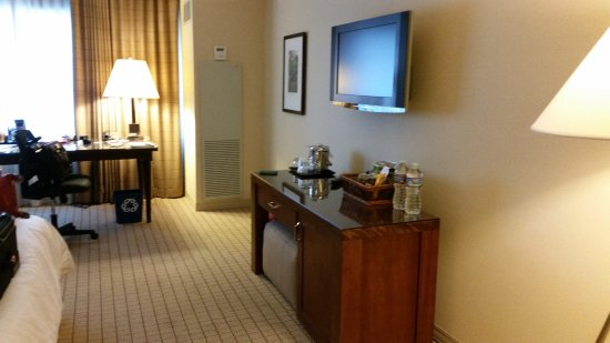 Sheraton Seattle Hotel: Work & amenities areas