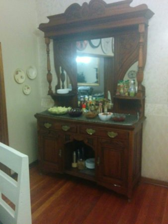 Sunrock Guesthouse: Guest house Close to the airport