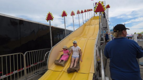 West Fargo, Dakota del Nord: Fun slide