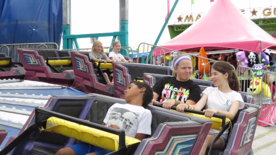 West Fargo, Dakota del Nord: Midway ride