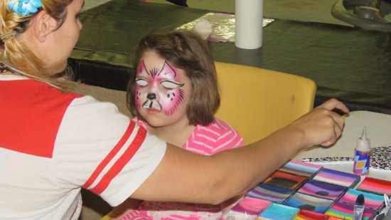West Fargo, ND: Face painting