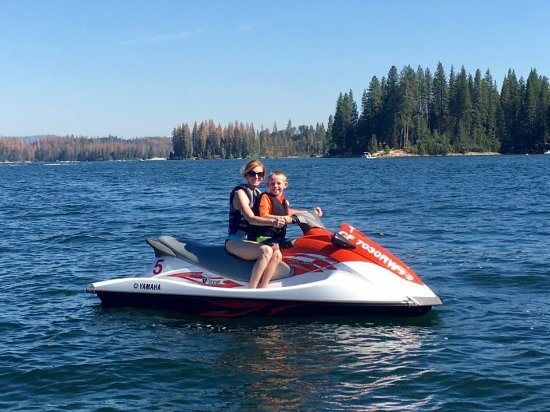 Tenaya Lodge at Yosemite: Waverunner rentals booked through Tenaya Lodge at Bass Lake