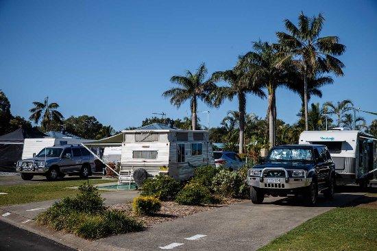 Park Beach Holiday Park: Drive Through Sites