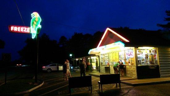 Τζορτζτάουν, Ιντιάνα: Polly's Freeze