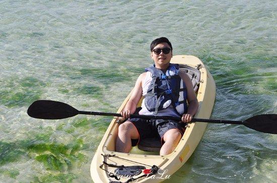 Fiesta Resort Guam: 租獨木舟