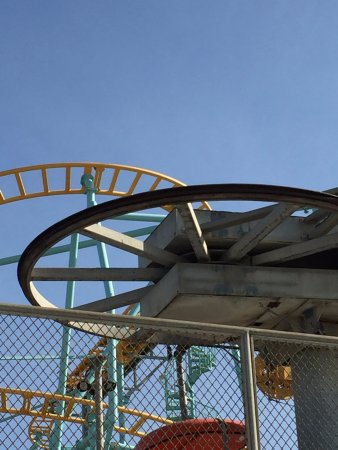 Santa Cruz Beach Boardwalk: The roller coaster