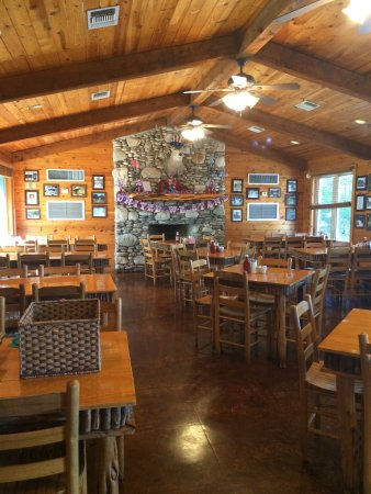 Neal S Dining Room Concan Photo1 Jpg
