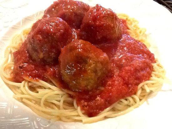 Bullhead City, AZ: Spaghetti Extra Meatballs